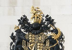 royal courts of justice sign