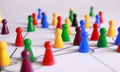 Network - coloured plastic figures