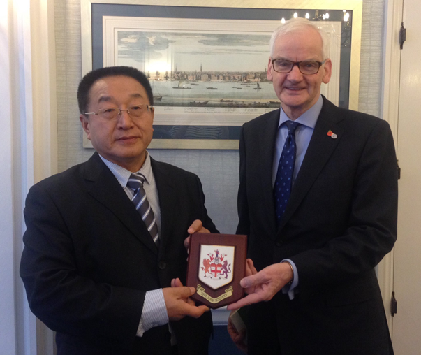 A photo of the Law Society of England and Wales' President, Joe Egan with Mr Zhang Mingqi, Vice-President of the China Law Society